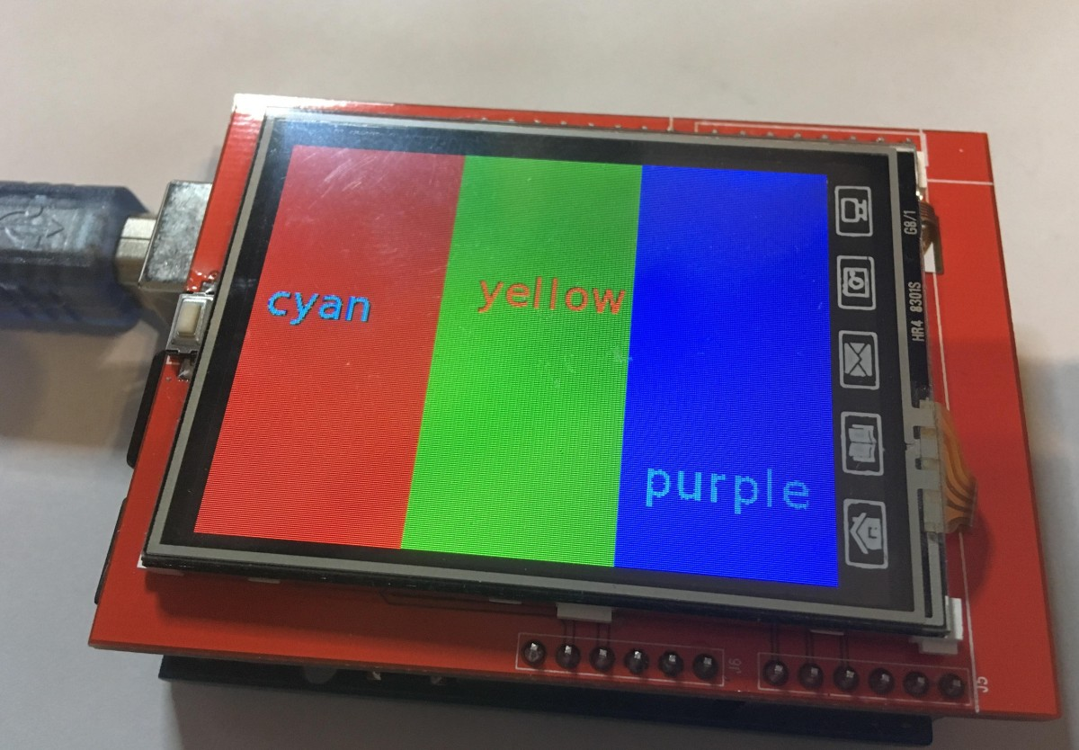 TFT Shield displays test picture with broken colors